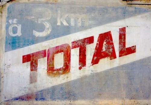 Total, un pilier historique de l'impérialisme français