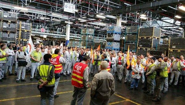 Le 14, c'est la grève à PSA Mulhouse. Gros débrayage dans les ateliers