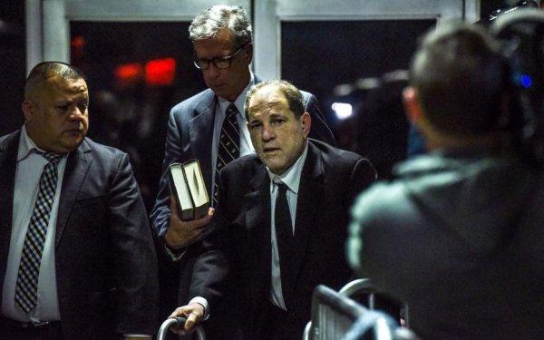 Harvey Weinstein inculpé pour deux nouvelles agressions le jour de l'ouverture de son procès