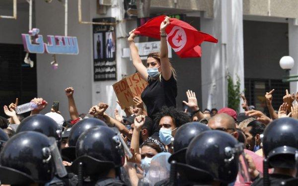 Coup d'État en Tunisie. Ni Saïed, ni Ennahda : pour une assemblée constituante libre et souveraine !