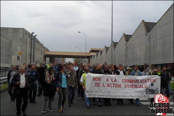 Le 31 mars à PSA Poissy : La direction ferme l'usine pour éviter une grève dans les ateliers