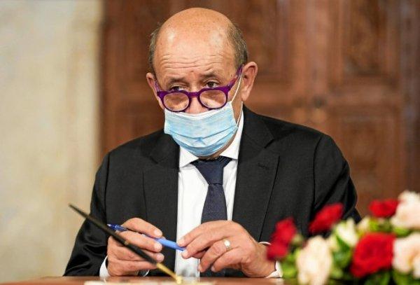 Jean-Yves le Drian en visite officielle au Mali. L'impérialisme Français veut consolider son ancrage à Bamako