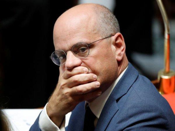Critiqué par un député pour ses propos sur le voile, Blanquer exige des sanctions