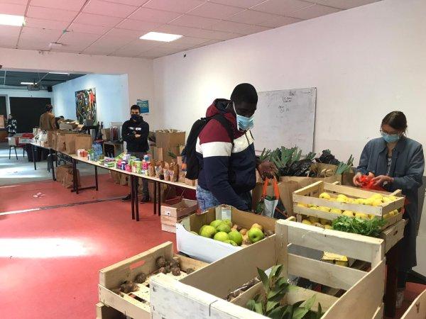 Bordeaux. Des distributions solidaires autogérées par les étudiants depuis un mois